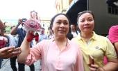 me-hoa-hau-phuong-nga-khong-mong-gi-hon-la-duoc-don-con-ve-nha-269094.html