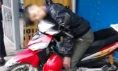 thanh-nien-chet-guc-tren-xe-may-ben-duong-321108.html