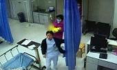 be-3-thang-tuoi-thiet-mang-sau-dem-ngu-cung-cha-me-nguyen-nhan-dang-sau-gay-giat-minh-322043.html
