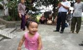 be-gai-dang-yeu-hon-1-tuoi-bi-me-bo-roi-o-chua-kem-la-thu-cho-con-de-con-di-lay-chong-335077.html
