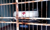 tren-duong-cap-cuu-bo-benh-nhan-xuong-duong-vao-dang-kiem-xe-cuu-thuong-336380.html
