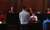 phuc-xo-khai-tung-bi-danh-gay-dot-song-lung-nen-chi-dao-nhan-vien-khong-ngan-can-khach-su-dung-ma-tuy-356779.html