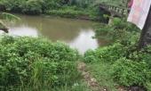 gian-vo-khong-gui-tien-ve-nguoi-dan-ong-om-2-con-nhay-song-tu-tu-361548.html