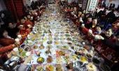 lan-dau-hen-ho-co-nang-dan-theo-ca-gia-toc-23-nguoi-an-uong-het-69-trieu-dong-khien-nam-chinh-chay-mat-dep-363602.html