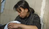 me-be-gai-12-tuoi-bi-bao-hanh-xam-hai-tinh-duc-o-ha-noi-vo-duoc-cai-gi-o-ngoai-duong-la-danh-no-bang-cai-day-368425.html