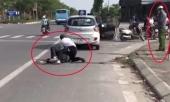 dai-uy-cong-an-dung-goi-dien-thoai-trong-khi-tai-xe-taxi-vat-lon-voi-ten-cuop-giai-trinh-gi-371686.html