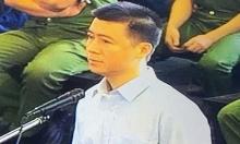 Phan Sào Nam khóc nghẹn khi nhắc tới việc vợ con đi ở nhà thuê