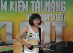 Tìm kiếm tài năng Việt Nam tập 4: Cháu gái Hà Trần khoe giọng hát trong veo