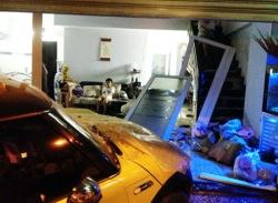 Video hiện trường vụ tai nạn giao thông của ca sĩ Nguyên Vũ