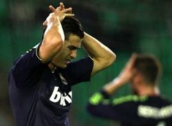 Real Betis - Real Madrid: Thất thủ ở Benito Villamarin
