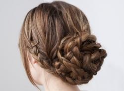 Video tạo kiểu tóc 2012: Tóc tết búi vừa gọn vừa xinh