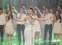 Chung kết the Voice: Đinh Hương kiêu sa mang phong cách Hà Hồ với Words