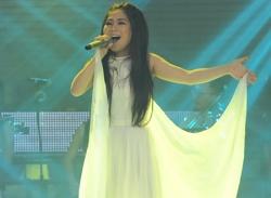 Hương Tràm là quán quân The Voice - Giọng hát Việt 2012