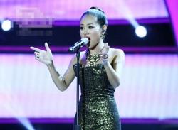 Hoàng Quyên thể hiện đẳng cấp Idol với bản hit của Whitney Houston