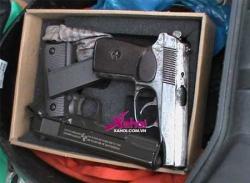Clip 141: Bắt kẻ mang 2 khẩu súng ngắn trong cốp xe