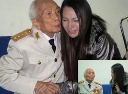 Hồ Quỳnh Hương nghẹn ngào hát tặng Đại tướng Võ Nguyên Giáp