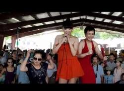 Clip Ca sĩ Tóc Tiên biểu diễn phản cảm tại hải ngoại