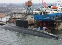Tàu ngầm của Việt Nam thử nghiệm ra khơi