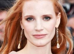 Tạo sóng tóc bồng bềnh như mỹ nhân Hollywood