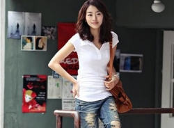 Video: Làm short jeans rách bụi bặm