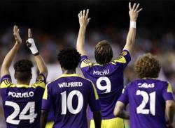 Europa League đêm qua: Swansea, Tottenham thắng lớn, Valencia, Bordeaux thua thảm
