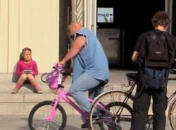 Video hài hước (P135): Gangster nhí nhảnh