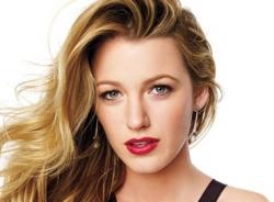 Video: Hướng dẫn make-up để có vẻ đẹp gợi tình như Blake Lively