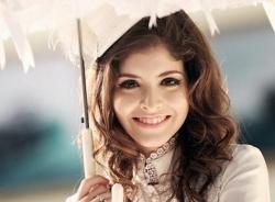 Andrea khoe giọng với hit của Hồ Ngọc Hà