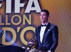Ronaldo giành Quả bóng vàng FIFA nhờ sắp xếp?