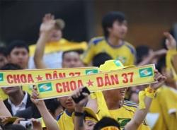 Khán giả V-League: Mơ được như Thanh Hóa, Nghệ An