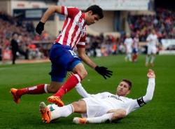 C.Ronaldo cứu Real thoát hiểm trận derby thành Madrid
