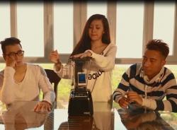 Anh không đòi quà 2: Bà Tưng xay iphone 5s làm fan phát sốt
