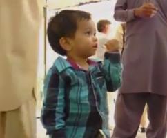 Cậu bé 9 tháng tuổi bị khởi tố tội giết người