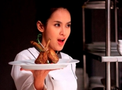 Bếp Hát: Một mớ sạn từ phim của 'ma nữ đẹp nhất Việt Nam'