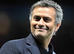Bán kết lượt về Cup C1: Lịch sử chờ Mourinho