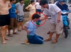 Xôn xao clip người Sài Gòn bắt trộm nhưng không đánh, lại cho... uống nước