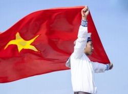 Clip Hướng về Biển Đông – Chạm vào Tổ quốc