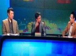 Cựu danh thủ Đặng Gia Mẫn chỉ trích BLV VTV ngay trên truyền hình