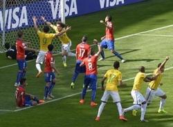 Video bàn thắng Brazil - Chile: Chiến thắng siêu kịch tính