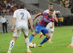 Vòng loại Champions League: Legia Warszawa, Steaua Bucurest dễ dàng giành vé