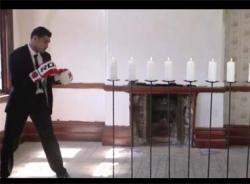 Video choáng với cú đấm tắt 8 ngọn nến của Amir Khan