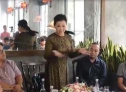 Video Khánh Ly chia sẻ về gia đình