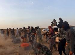 Kinh hoàng cảnh phiến quân hồi giáo lột đồ hành quyết 250 binh sỹ Syria
