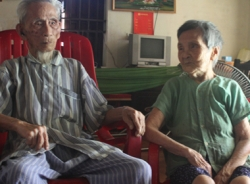Cuộc sống thường ngày của vợ chồng cao tuổi nhất châu Á