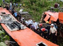 Vụ tai nạn xe khách Sao Việt ở Lào Cai: Mổ xẻ trách nhiệm hình sự và dân sự
