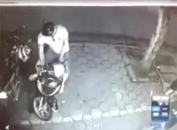 Clip: Trộm xe SH trong vòng 2 giây