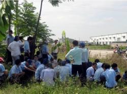 Ninh Bình: Hàng trăm công nhân đình công đòi quyền lợi