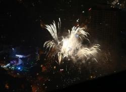 Pháo hoa ngập trời Hà Nội ngày kỷ niệm 60 năm giải phóng Thủ đô (10/10)