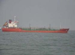 Tàu Sunrise 689 cập cảng sau vụ cướp