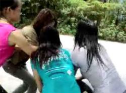 Bốn bệnh nhân nữ tâm thần đánh nhau, một người chết